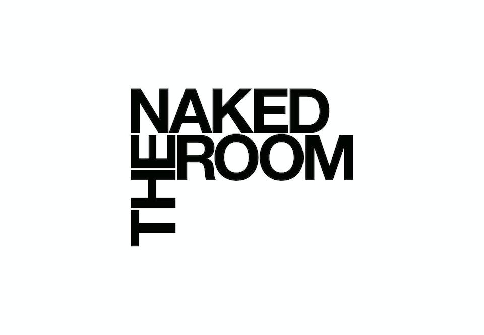 Naked_Room_1