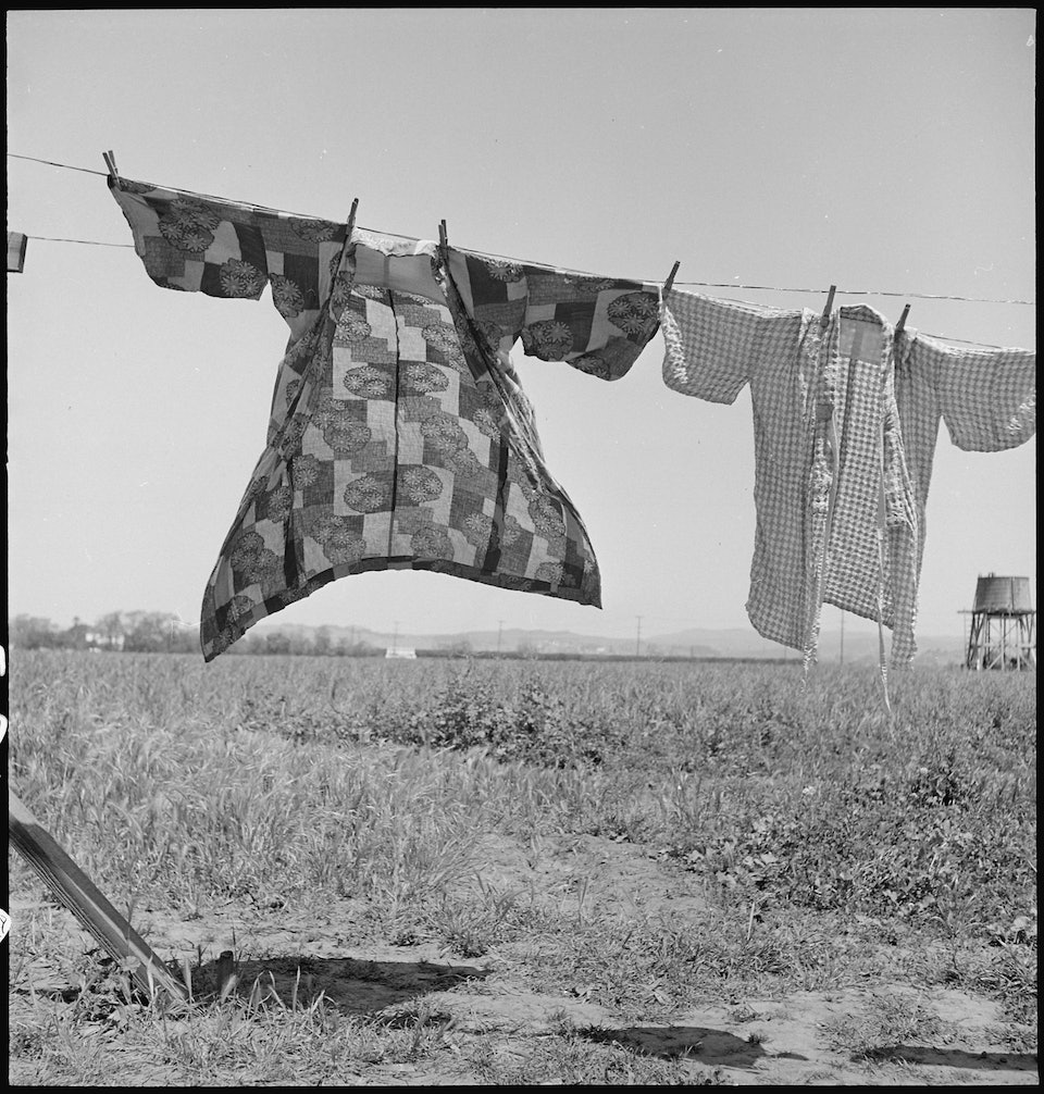 dorothea_lang_San_Lorenzo,_California._Washday_48_hours_before_evacuation_of_persons_of_Japanese_ancestry_from_th_._._._-_NARA_-_537542