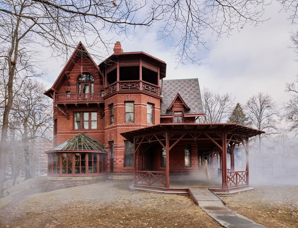 MARK TWAIN HOUSE 2-min