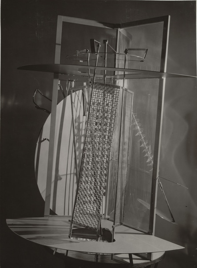 Light Space Modulator a.k.a Light Prop for an Electric Stage, 1930