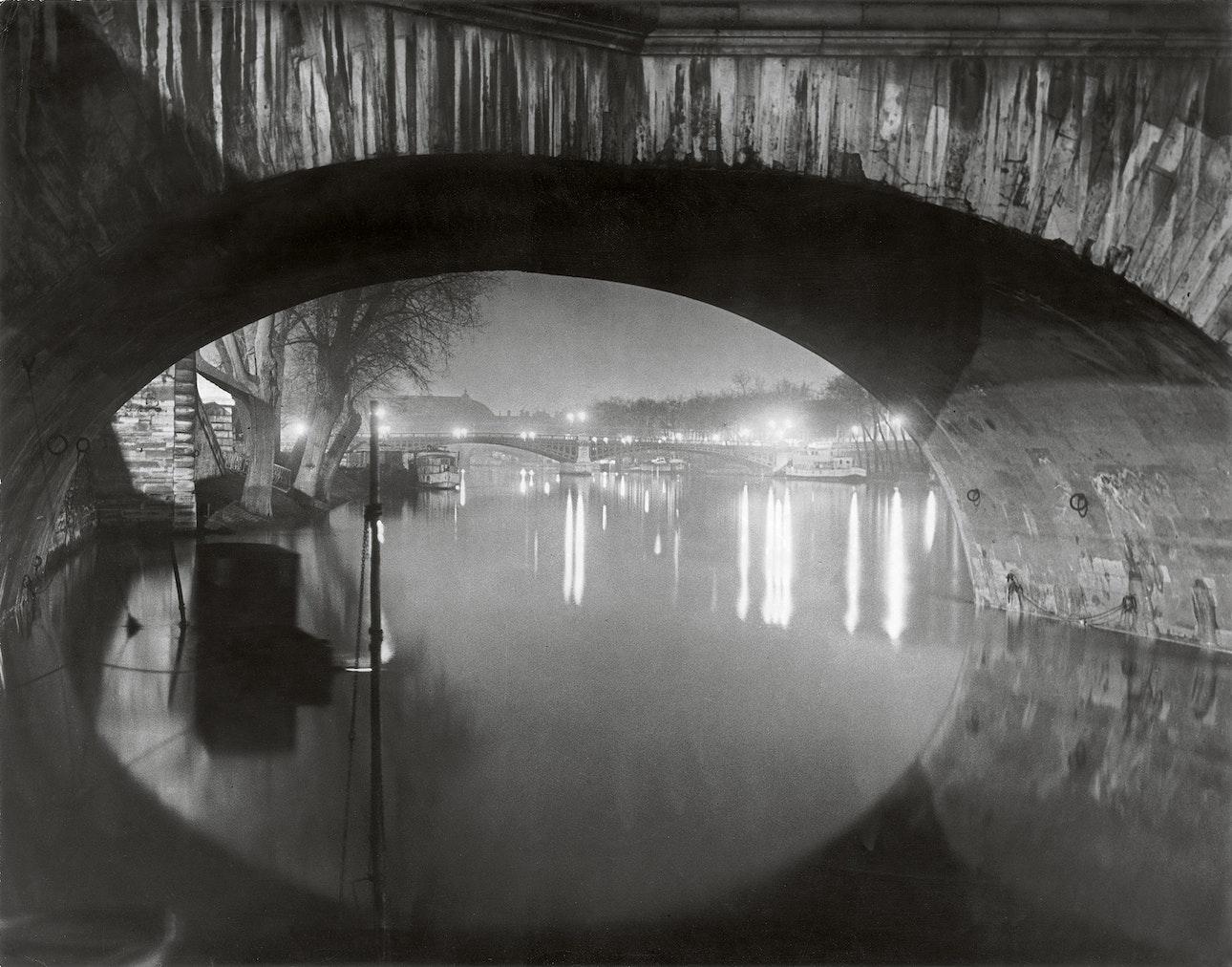 View through the pont Royal toward the pont Solferino c 1933 c Estate Brassai Succession Paris копия