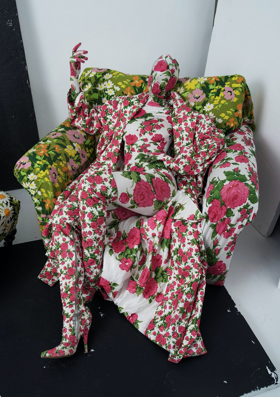 Richard Quinn, floral chair and living mannequin, London, 2016 © Tim Walker Studio, Courtesy Michael Hoppen Gallery
