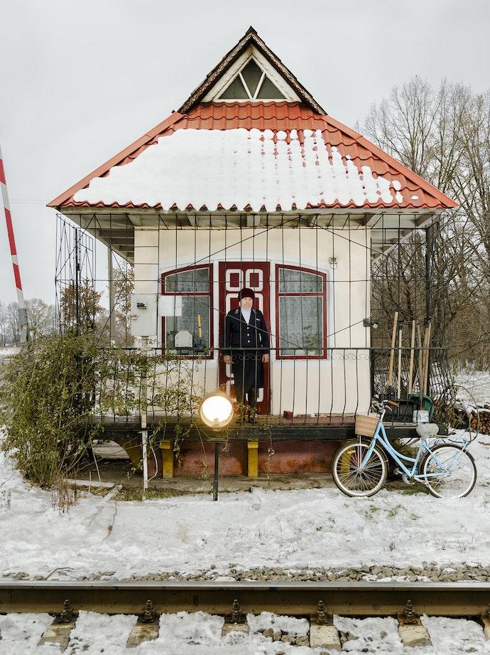 Ukrainian Railroad Ladies-4