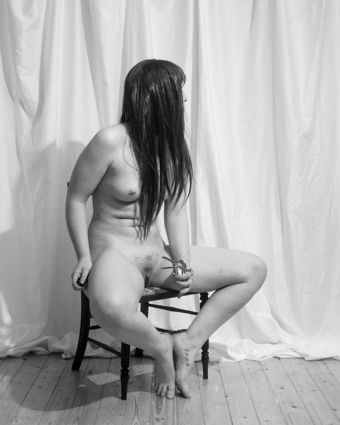 roisin_white_11