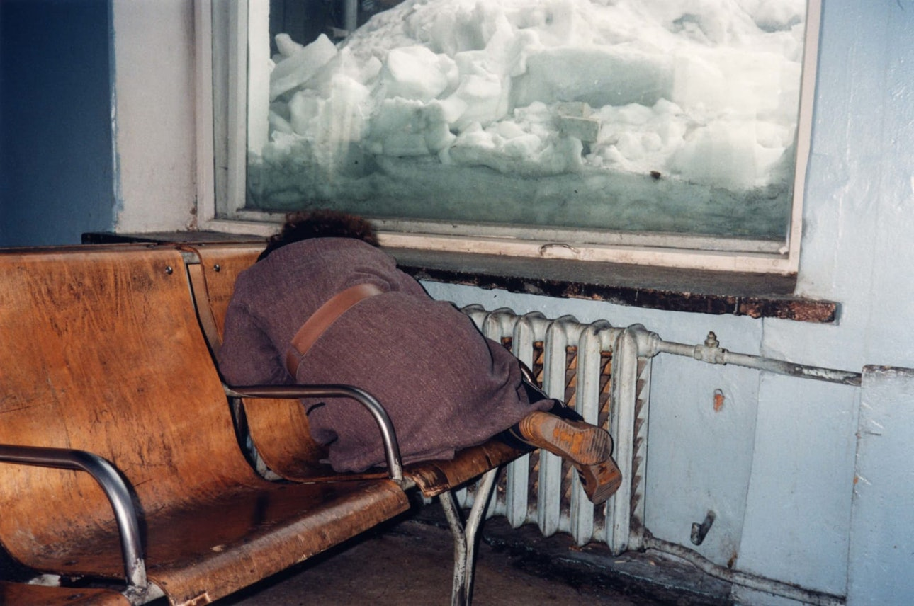A HUNDRED SUMMERS, A HUNDRED WINTERS- TOMSK RAILWAYSTATION, 1991-1993
