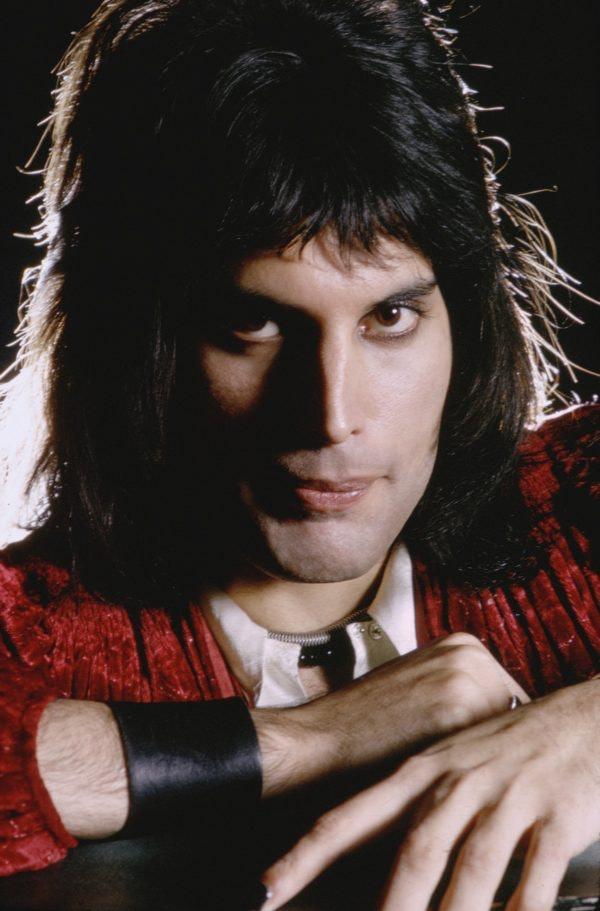 Freddie-Mercury-London-1974-©MickRock-copy-2-600x911