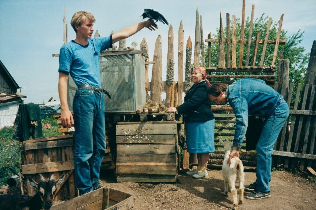 LET'S SIT DOWN BEFORE WE GO, 1992- 2011 (c) Bertien Van Manen, Hero Gallery4