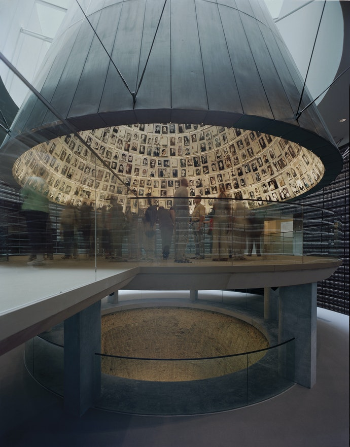 24200_SA_YadVashem_Primary_hiresjpg_holocaust_memorials_world
