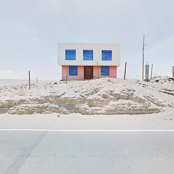 Pink and Blue House_peru_agoraphobia