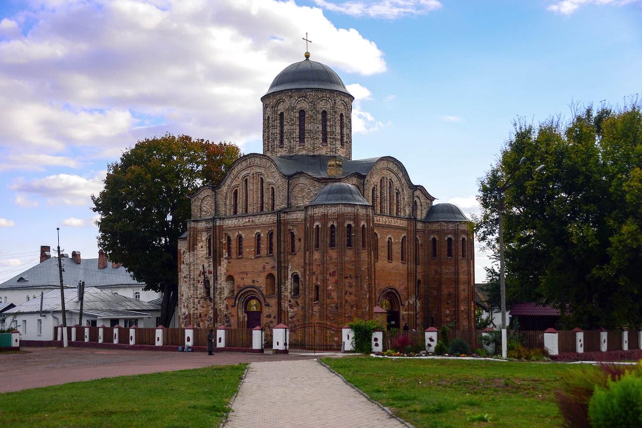 Овруч. Васильевский храм