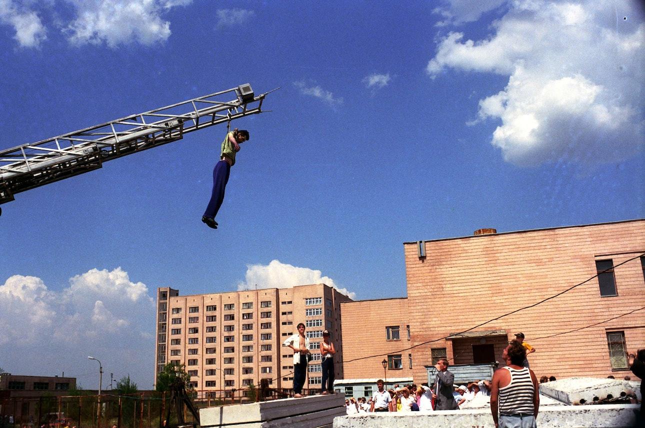 Lugansk_1996225_ambulance_chekmenev