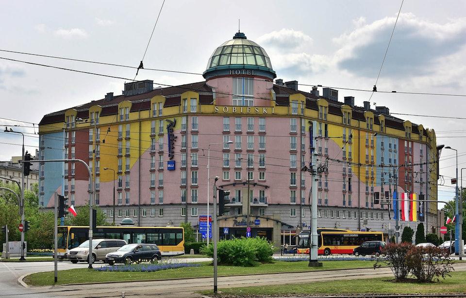 Radisson_Blu_Sobieski_Hotel_plac_Zawiszy_2019