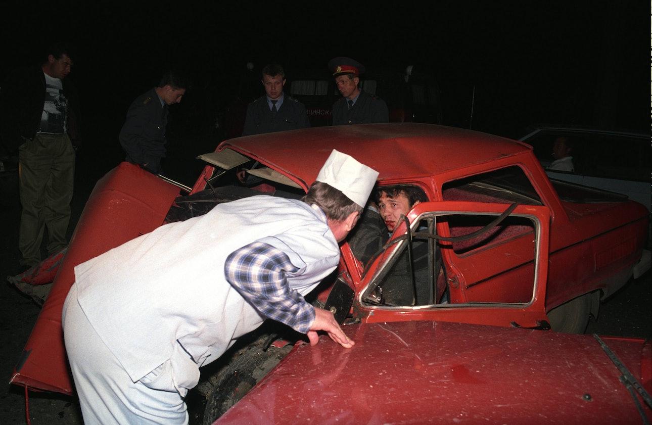 Skan_081_ambulance_chekmenev