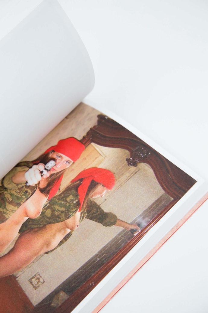 sk_010kurmaz_erotic_book