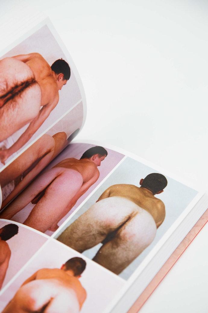 sk_030kurmaz_erotic_book