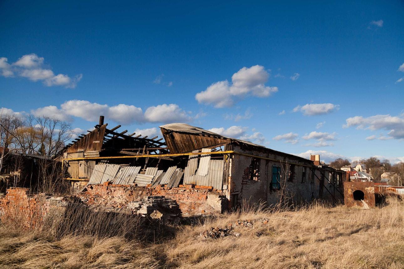 03_Заброшенное-здание-завода