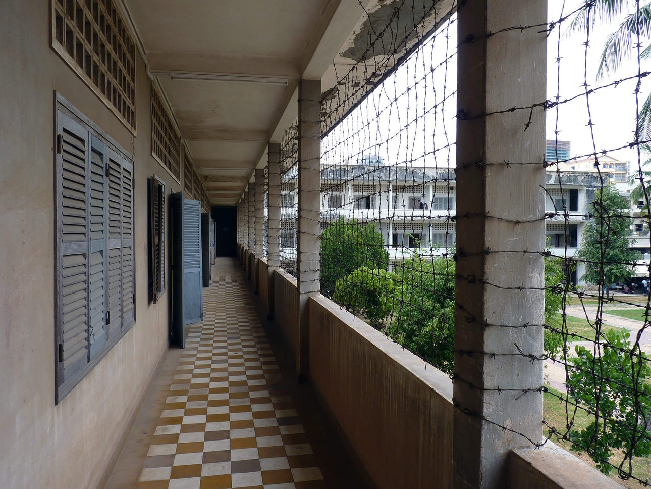 Tuol_Sleng_museum_is_Phnom_Penh_turmy_ugnivenko