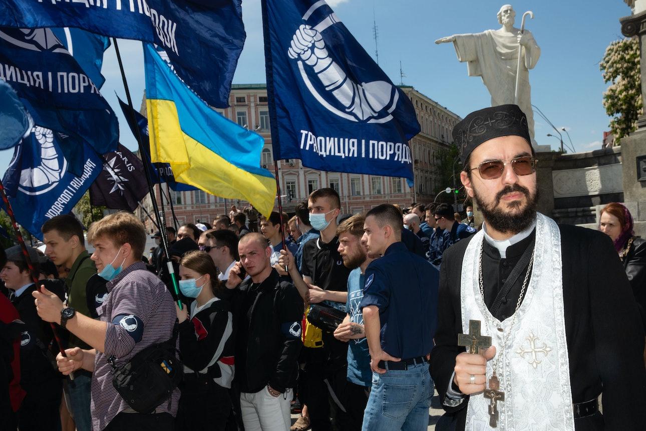 Михаил Палинчак транс марш лгбт