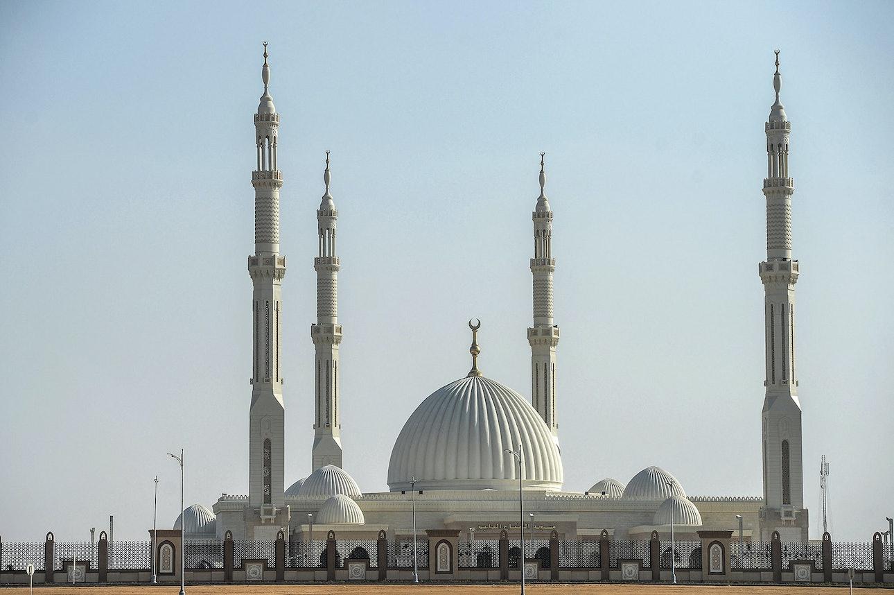 Новая административная столица Египта мечеть Аль-Фаттах Аль-Алим