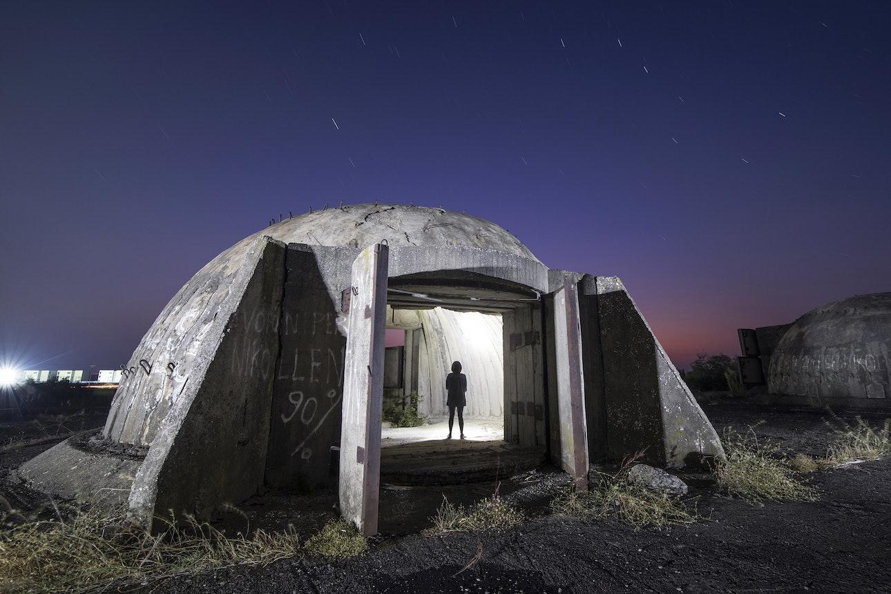 Бункер в Тале, Албания, фотограф Сяо Янг, Xiao Yang Eternal monuments in the dark