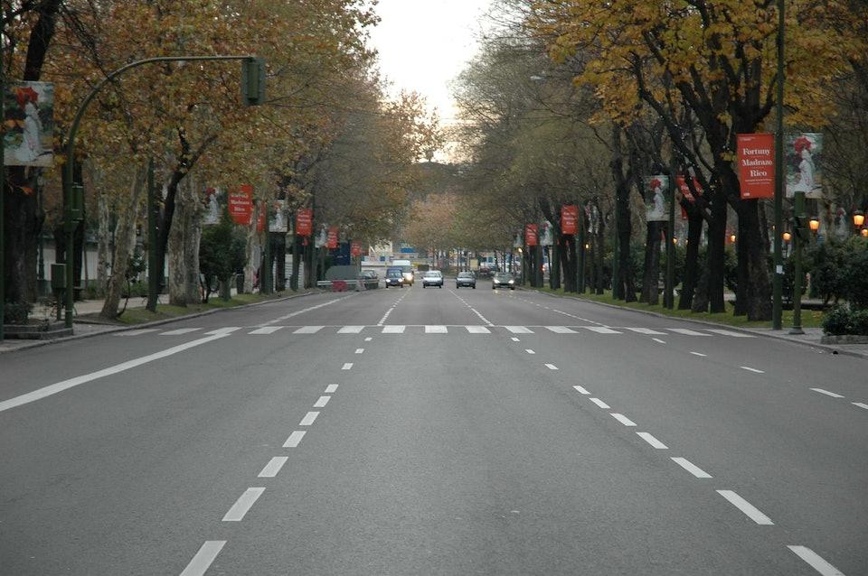 Paseo_del_Prado_(Madrid)_04 (1)