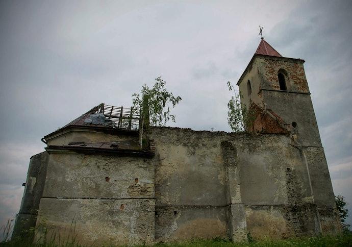 Марина Временова Костел Святой Троицы в селе Соколовка, Львовская область