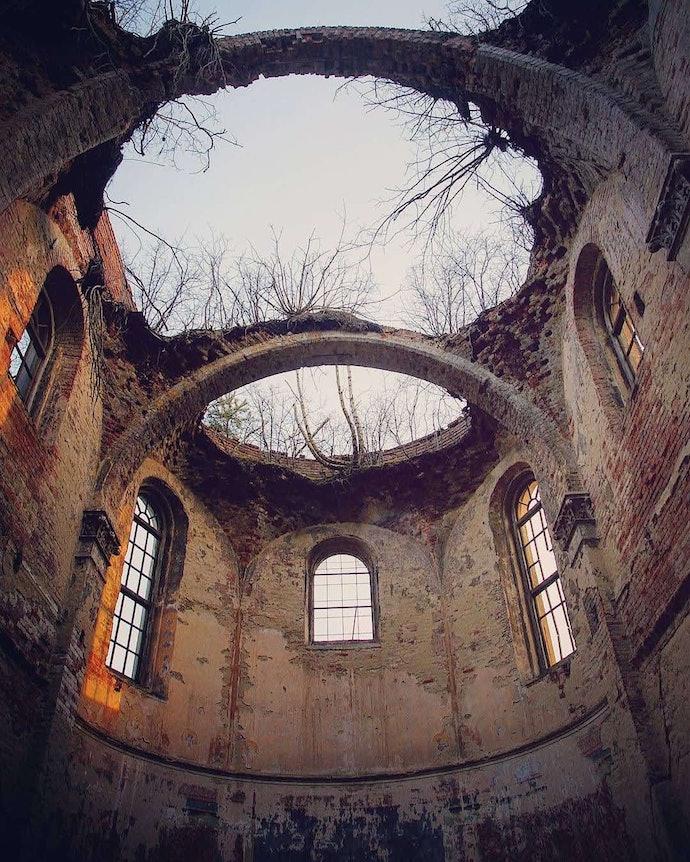 Марина Временова Костел Святой Троицы в селе Родатичи Львовской области