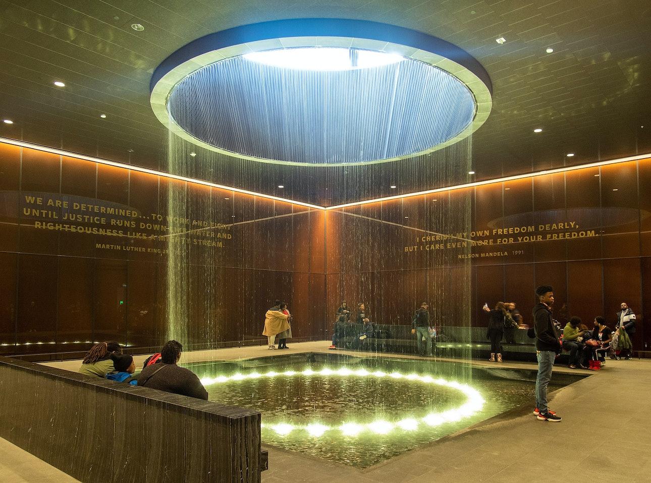 Девід Аджаїє Національний музей афроамериканської історії та культури у Вашингтоні.
