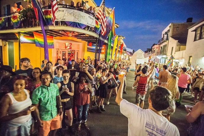 Прайд в Новом Орлеане в 2016 году гей-бар, Cafe Lafitte in Exile
