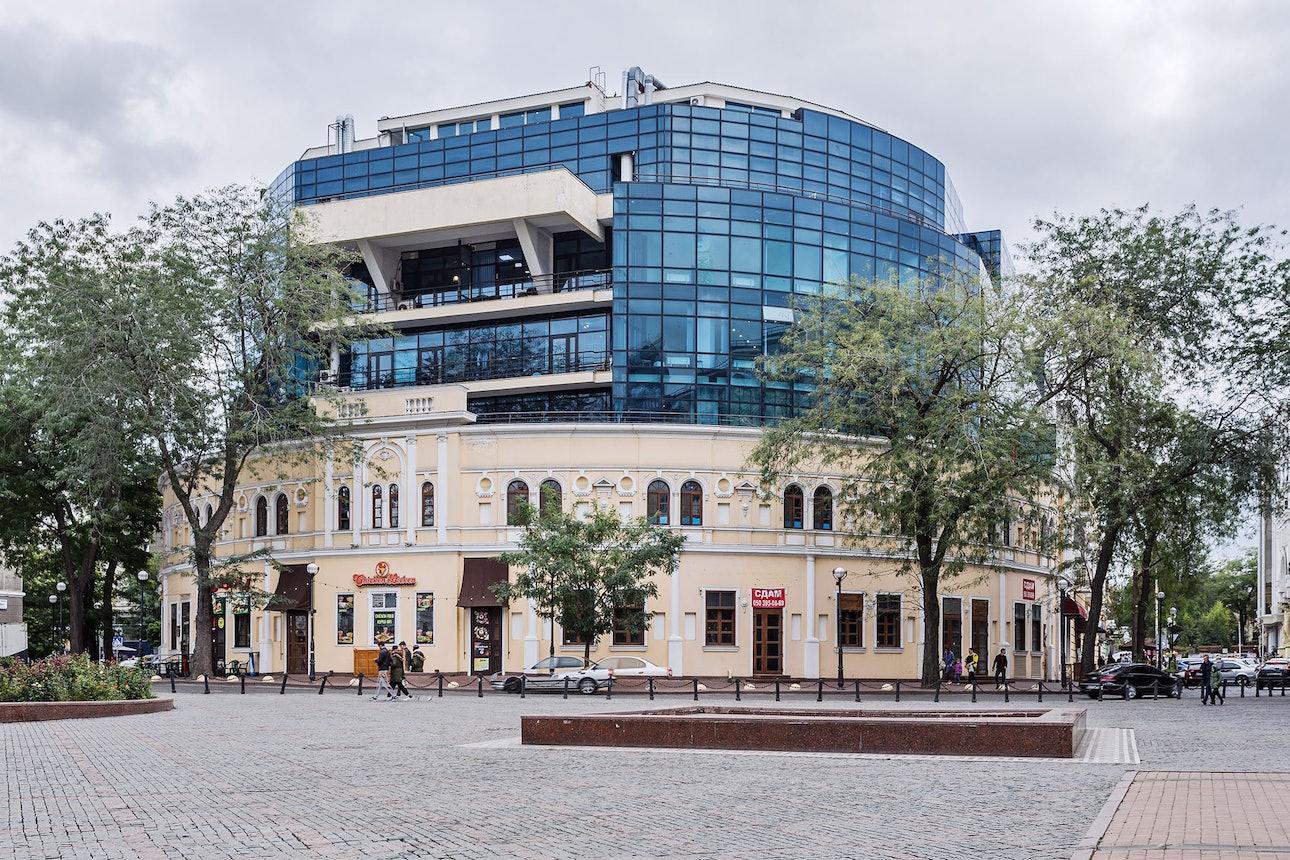 Торговый центр «Афина» в Одессе архитектура постмодернизм Максим Финогеев